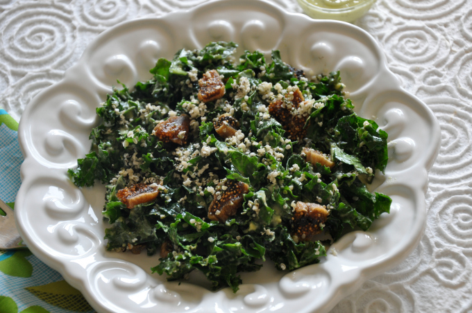 kale salad with figs