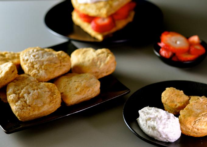 Easy lemon scones with strawberries and coconut whip #vegan #plantbased ordinaryvegan.net