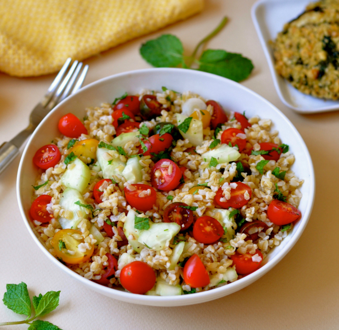 Bulgur is a whole grain that often takes a back seat to quinoa but did you know that bulgur contains resistant starch, nature's fat-burning breakthrough. (#vegan) ordinaryvegan.net